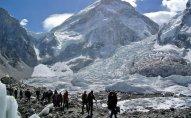 Alp dağlarında beş alpinist ölüb