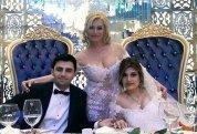 Azərbaycanlı müğənni nənə oldu -  FOTOLAR