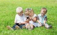 Uşağın smartfon istifadə etməsi nitqin inkişafını ləngidir