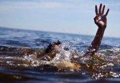 29 yaşlı oğlanı döyüb kanala atıblar