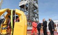 Prezident Heydər Əliyev adına yarımdalma qazma qurğusunun açılışında - Fotolar + Yenilənib
