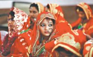 Doğulan kimi nişanlanan, 6-7 yaşlarında ərə verilən qızlar - Hindistanın QORXUNC ADƏTLƏRİ - FOTO