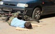 Abşeronda avtomobil baba və nəvəni vurdu