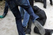 I qrup əlil qonşusu tərəfindən döyüldü - Bakıda