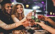 Spirtli içkilər xarici dildə danışmağı asanlaşdırır - Araşdırma