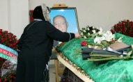 Xalq artisti Çingiz Sadıxov dəfn olundu