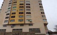 Bakıda 16 mərtəbəli yeni binada çatlar yarandı – FOTOLAR