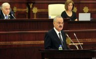 Azərbaycan hökuməti parlamentdə hesabat verir