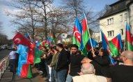 Berlində azərbaycanlıların həmrəylik aksiyası keçirilib