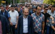 Nazarbayev və Sarkisyan Ermənistandakı vəziyyəti müzakirə ediblər