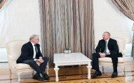 İlham Əliyev Niderland Krallığı Senatının sabiq sədrini qəbul edib