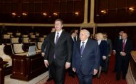 Serbiya prezidenti Milli Məclisdə oldu
