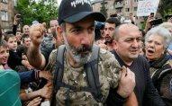 Rusiya Ermənistana silah satışını davam etdirəcək