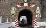 Rusiyalı snayperlər Ermənistandakı bazada təlim keçib