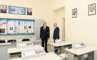 Prezident İlham Əliyev 2 nömrəli texniki-humanitar liseydə yaradılan şəraitlə tanış olub – YENİLƏNİB - FOTO