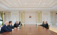 Prezident İlham Əliyev İsrailin müdafiə nazirini qəbul edib