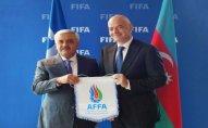Rövnəq Abdullayev FIFA prezidenti ilə görüşdü – FOTO
