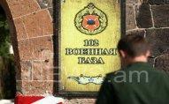 Rusiyanın Ermənistandakı hərbçisi bıçaqlanıb
