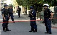 Rusiya səfirliyinin qarşısındakı polislərə qumbara atıldı - Afinada