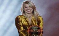 Dünyanın ən yaxşı qadın futbolçusu Messidən 325 dəfə az maaş alır