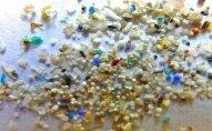 İnsan hər il qidalanma və tənəffüs zamanı 120.000 mikroplastika hissəciyi udur