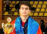 Bakı məktəblisi erməni idmançıya qalib gələrək qızıl medal qazanıb
