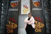 Türkiyədə bir ilk - Qadın futbol klubunun prezidenti seçildi