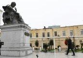 Prezident Xətainin heykəlinin köçürüldüyü parkda - FOTO