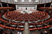 Türkiyədə 31 deputat özünü təcrid edib