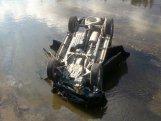 Salyanda avtomobil kanala aşıb, iki nəfər ölüb