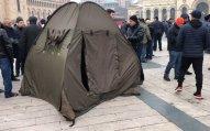 Ermənistan müxalifəti Yerevanın mərkəzi meydanında çadırlar qurur