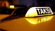 Azərbaycanlı aktrisa taksi sürür - VİDEO