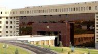 Ermənistanda itkin düşənlərin valideynləri MN binasını bağlamağa çağırdılar