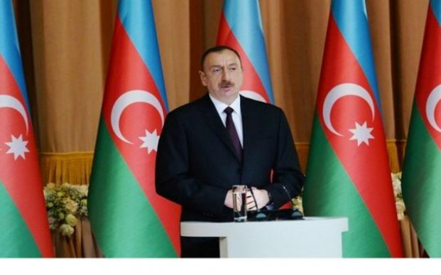 """Prezident """"WorldFood Azerbaijan"""" və """"CaspianAgro 2017"""" sərgiləri ilə tanış olub - Yenilənib"""