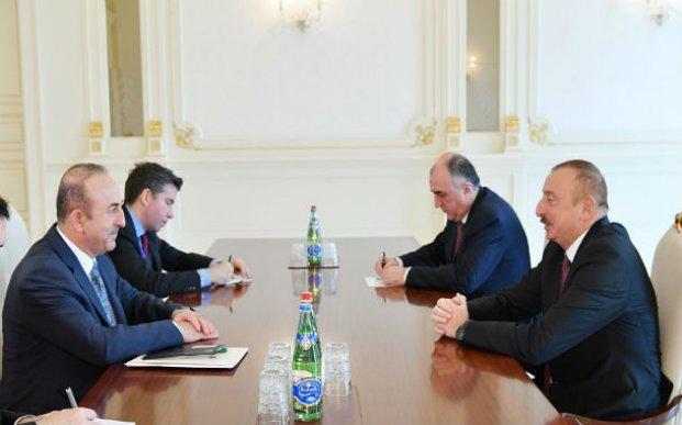 Prezident İlham Əliyev Türkiyənin xarici işlər nazirini qəbul etdi – FOTO