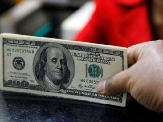 İlin sonuna kimi ölkədə dollar qıtlığı olmayacaq