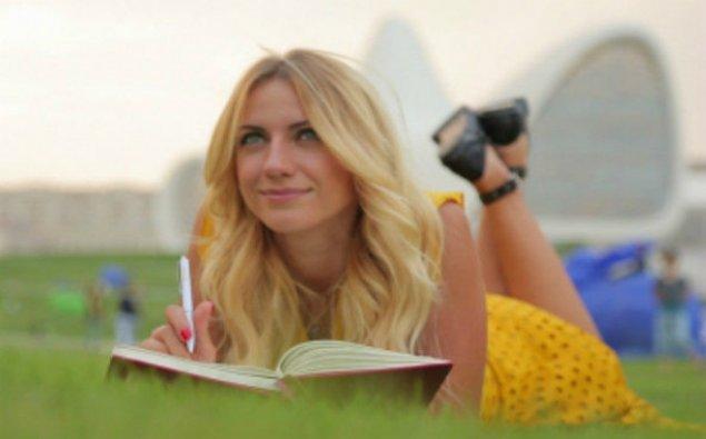 Ukraynalı teleaparıcı: Azərbaycanlı kişilərlə tanış olmaq asan deyil