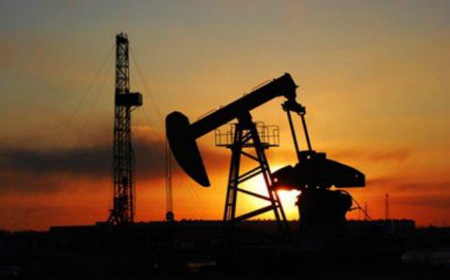 ABŞ-da buruqların sayının artması nefti ucuzlaşdırır