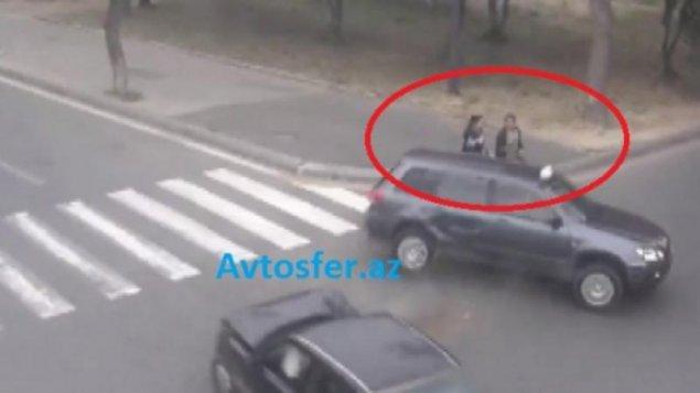 Bakıda maşın ananı qızının gözü qarşısında vurdu - VİDEO