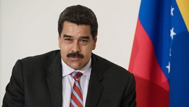 Venesuela prezidenti postunu tərk edib