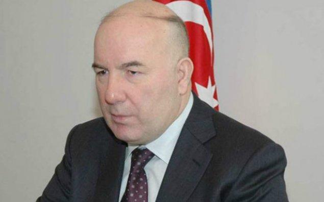 Elman Rüstəmov bank rəhbərlərini toplayır - Təcili iclas