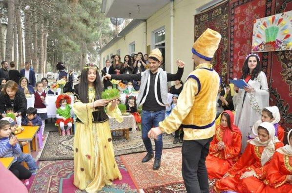 Gənclər təşkilatı Qarabağda aztəminatlı ailələrin uşaqları üçün Novruz şənliyi keçirdi -  FOTO