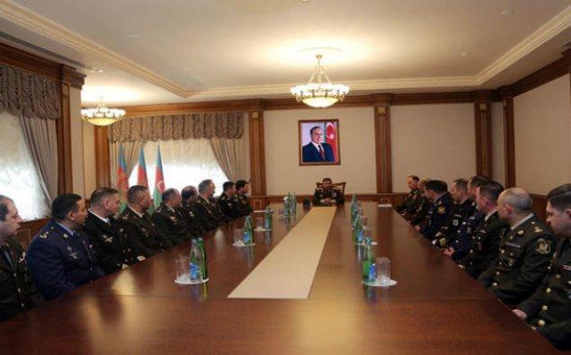 """Zakir Həsənov bir qrup hərbi qulluqçuya """"polkovnik"""" rütbəsi verdi"""