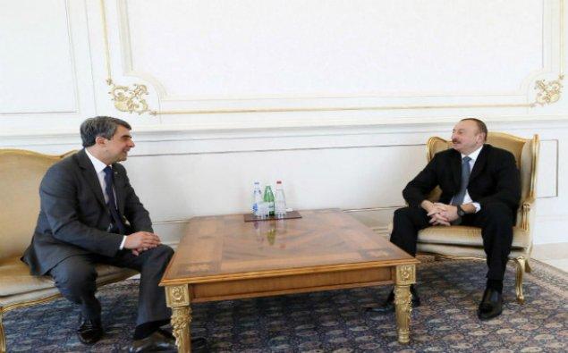 İlham Əliyev Bolqarıstanın sabiq prezidentini qəbul edib