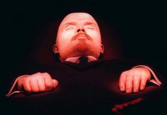 Rusiyalıların 60 faizi Leninin dəfn edilməsini istəyir
