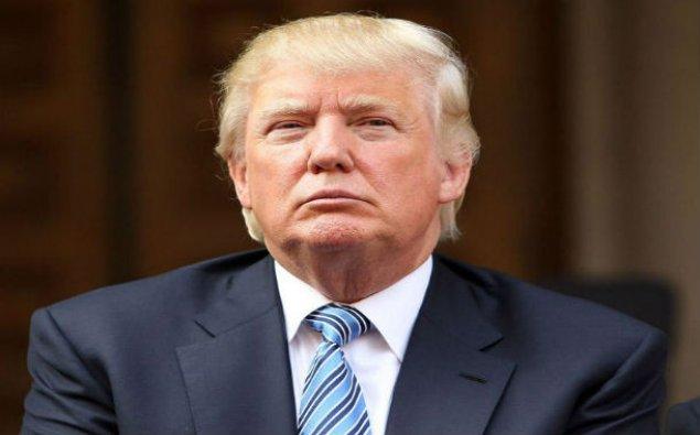 Donald Tramp ötən ilki gəlirlərini açıqlayıb