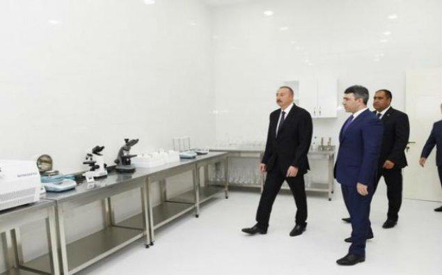 """İlham Əliyev """"ABAD Mərkəz""""in açılışında - Fotolar"""