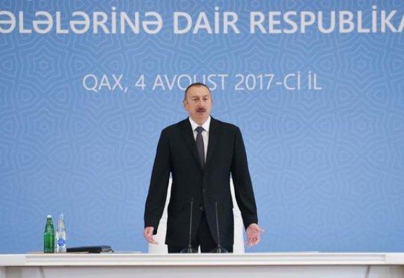 Prezident Qaxda müşavirə keçirir  - Fotolar + Yenilənib