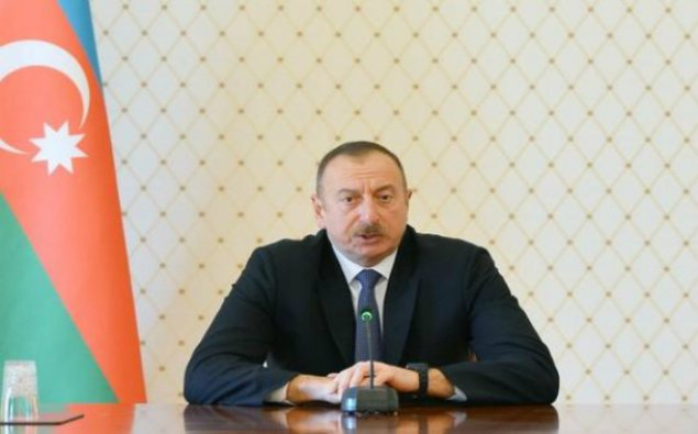 Prezident Petro Poroşenkonu təbrik etdi