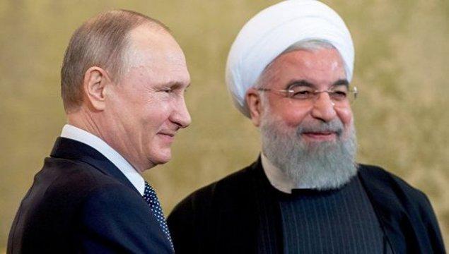 Putin Ruhani ilə Rusiya-İran-Azərbaycan əməkdaşlıq formatını müzakirə etdi